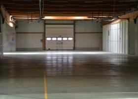 Atelier de 525 m² et 400 m² de parking sécurisé