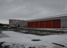 Ensemble industriel de 2300 m² sur une parcelle de 13 000 m² en proximité immédiate de l'A75